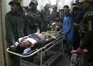 CRPF men rushed to the hospital after the blast
