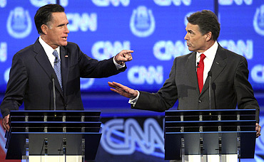 Republican Party's presidential candidates former Massachusetts Governor Mitt Romney (Left) and Texas Governor Rick Perry