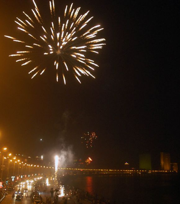 PIX: Fireworks at Marine drive light up night sky