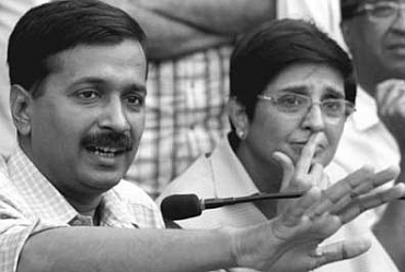 Team Anna members Arvind Kejriwal and Kiran Bedi are facing allegations of corruption