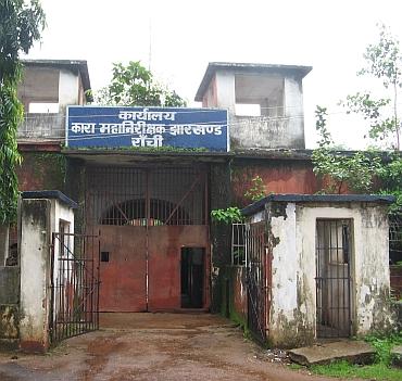 Ex-Jharkhand CM Madhu Koda beaten up by jailers