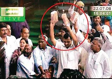 BJP MPs flashing wades of currency notes during the confidence vote in 2008