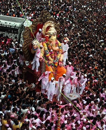 Lalbagcha Raja Ganpati's grand immersion procession underway in Mumbai