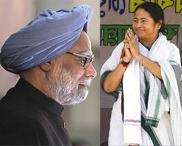 Prime Minister Manmohan Singh and West Bengal Chief Minister Mamata Banerjee