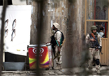 Afghan counter-terrorism personnel keep watch in Kabul