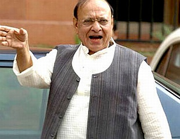 Gujarat Congress leader Shankersinh Vaghela