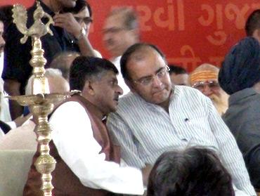 BJP leaders Arun Jaitley and Ravi Shankar Prasad