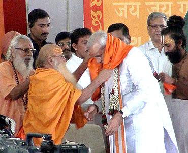 'BJP LOST in 2004 due to Modi, Gujarat riots'