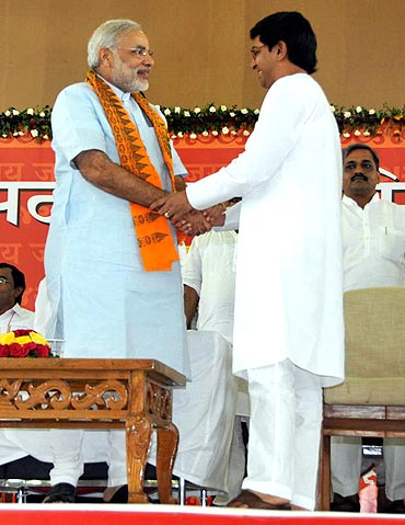 Gujarat Chief Minister Narendra with MNS chief Raj Thackeray