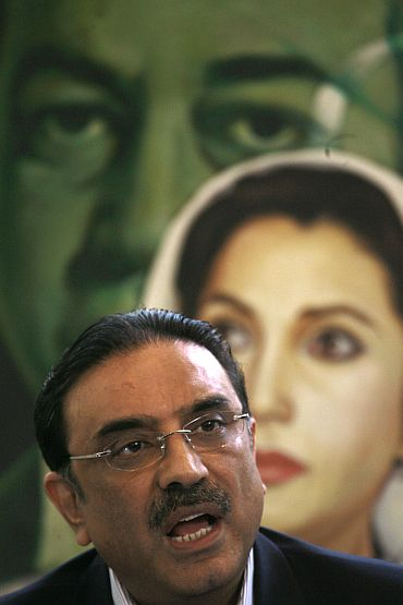 Asif Ali Zardari addresses a news conference in Karachi