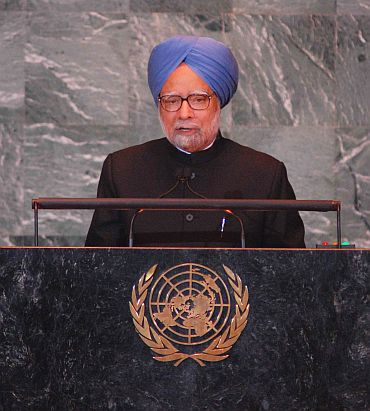 PM Singh addresses the UN General Assembly in New York on Saturday