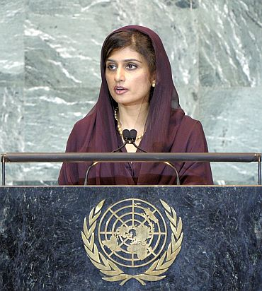 Foreign Minister Hina Rabbani Khar addressing the UN General Assembly