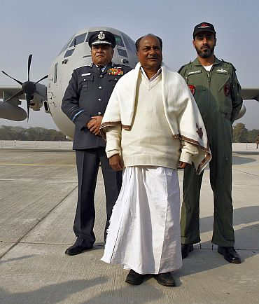 Defence Minister A K Antony, Air Chief Marshal P V Naik, left, and Tejvir Singh, an Indian Air Force officer, with the C-130J-30 Super Hercules aircraft at Hindan Air Force Station, Uttar Pradesh, February 5, 2011