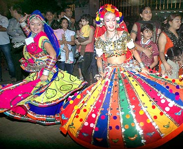 IN PHOTOS: Mumbai celebrates Navratri