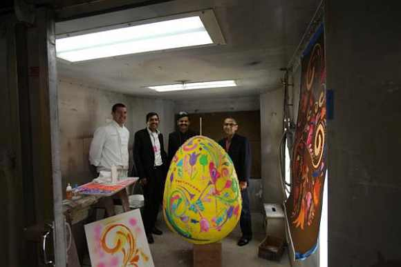 Kapoor and Vinod witnessed Easter preperations at the White House