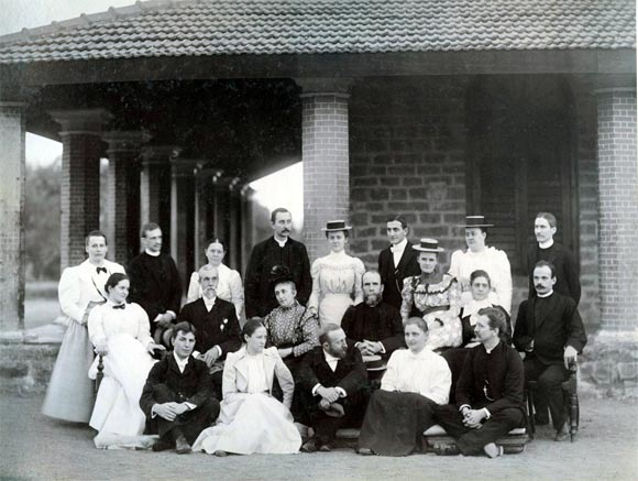 Allen and Nellie Becker in Guntur, back, from right, third and fourth
