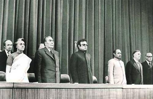 From left, Prime Minister Indira Gandhi, Soviet leader Leonid Brezhnev, Delhi Lieutenant Governor Jagmohan and then Minister for External Affairs P V Narasimha Rao in New Delhi, December 1980