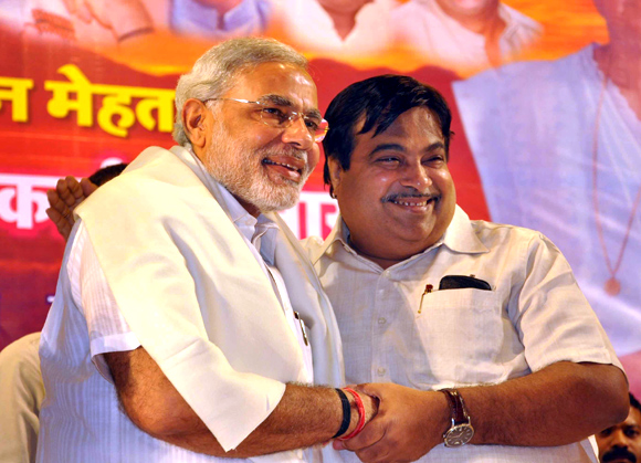 Buddies-in-need Narendra Modi and Nitin Gadkari
