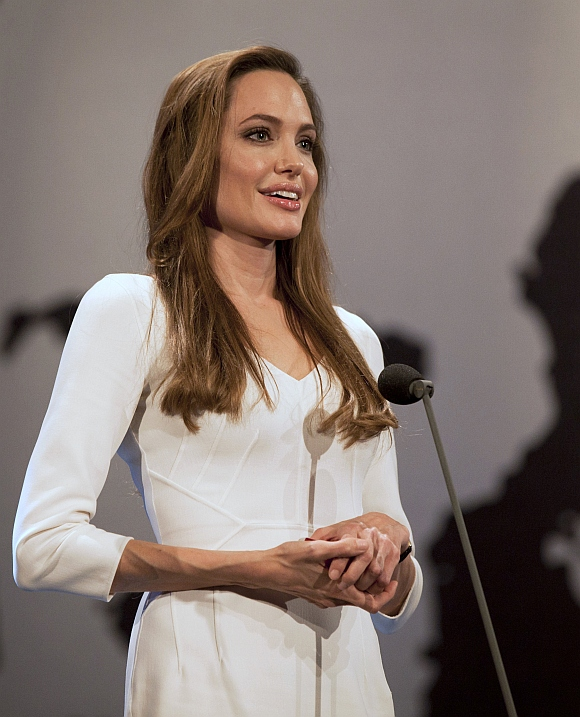 Angelina Jolie presents Nansen prize at a UN ceremony in Geneva