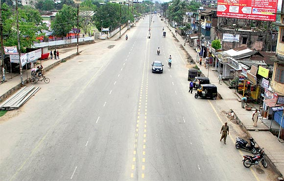 PM visits Assam, ULFA shuts it down