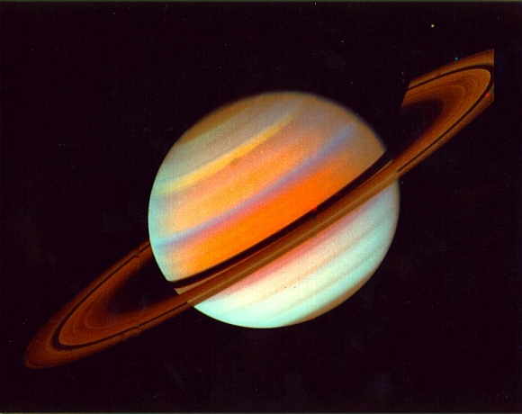 A false-color view of Saturn and its rings