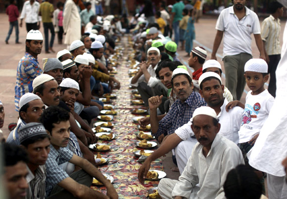 Fasting and feasting: How Muslims observe Ramzan