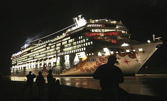 Cruise ship 'Norwegian Pearl', which was blamed for the blackout