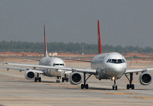 Air scare: 22 near misses in 10 months!