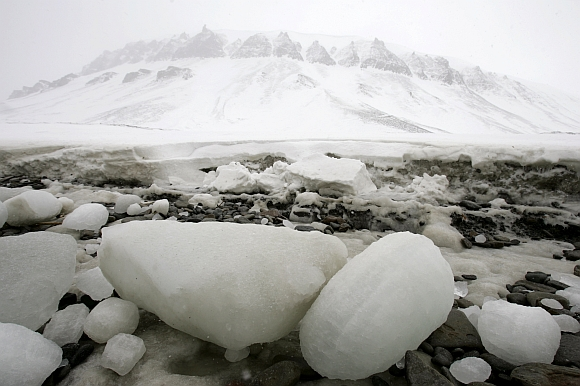 A beach on the Norwegian Arctic island of Spitsbergen, suffering from erosion from the sea earlier than normal this year because ice usually protects the coast from storms, is seen in Longyearbyen April 24, 2007. A local resident said that global warming may be to blame for the early spring thaw