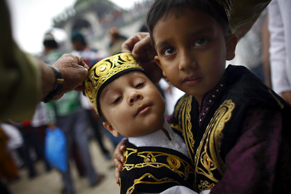 IN PHOTOS: World immersed in the joy of Eid-ul-Fitr