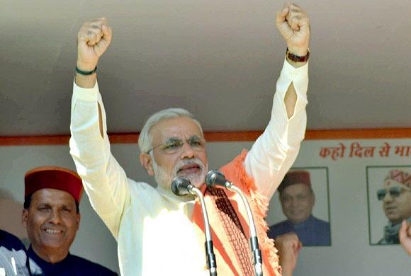 Narendra Modi campaigns in Himachal Pradesh