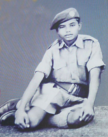 Childhood photo of Modi in his NCC uniform