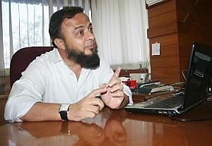 Gujarat's Muslims have no option but to talk to Modi' - Rediff com