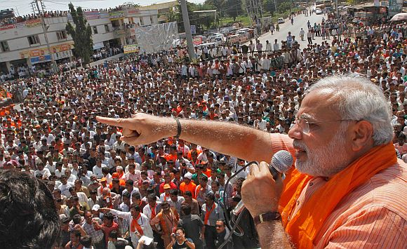 Narendra Modi addresses an election rally
