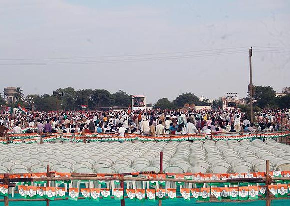 Around 25,000 people attended Sonia Gandhi's rally