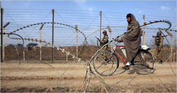 Indian soldiers patrolling the border in Kashmir