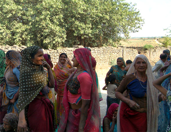 Women throng Jadeja's meeting