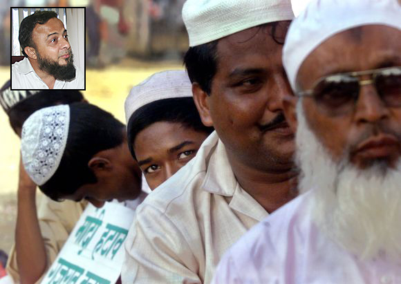 A Muslim demonstration organised by Congress party supporters in Mumbai. Inset: Zafar Sareshwala, a Muslim activist