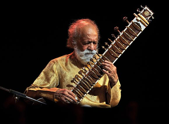 Artistes: 'Musicians like Pt Ravi Shankar are rarely born'