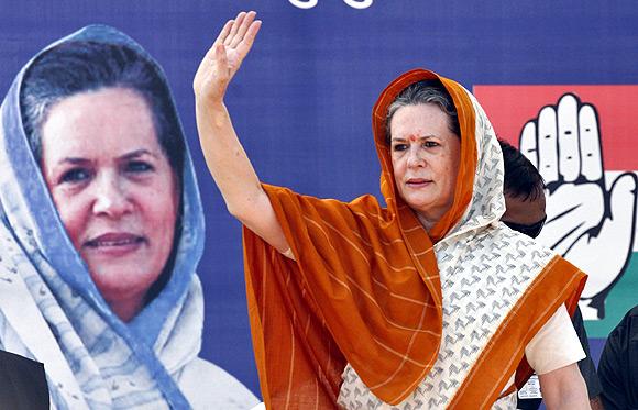 Sonia Gandhi campaigns in Rajkot.