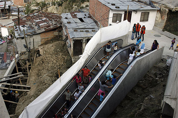 Colombia: Escalators in the middle of poverty