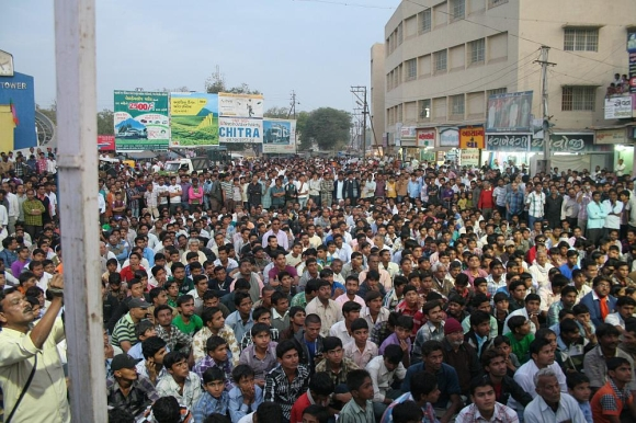 Thousands turned up to listen to Rawal