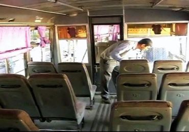 Delhi gang-rape: Crackdown on buses with tinted glass