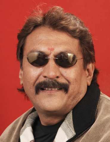 Jayant Patel alias Bosky