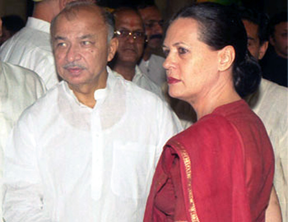Congress President Sonia Gandhi with Home Minister Sushil Kumar Shinde