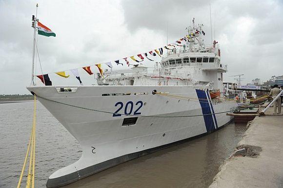 Coast Guard ship Samudra Paheredar