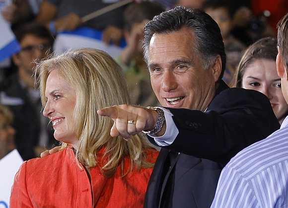 Republican presidential candidate and former Massachusetts Governor Mitt Romney and his wife Ann celebrate at his Florida primary night rally in Tampa, Florida January 31