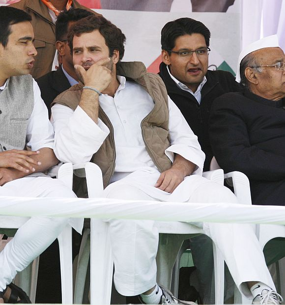 Rahul interacts with Ajit Singh's son Jayant