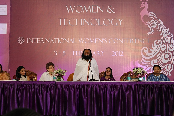 Sri Sri Ravi Shankar, addressing