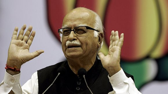 Nobody can beat Sonia-run UPA govt's scam record: Advani